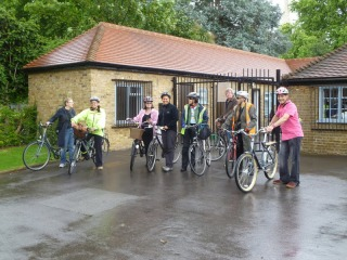 Lambeth Cyclists Bike Week 2011 ride departs on lambethcyclists.org.uk